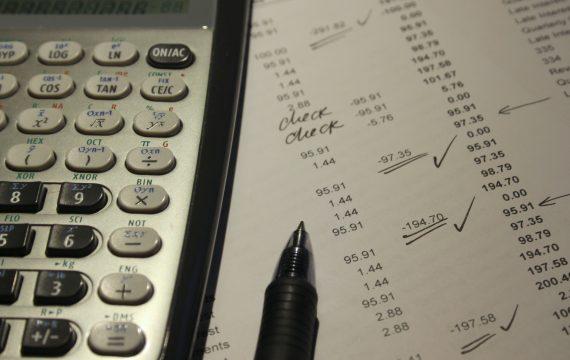 Quelles sont les charges à payer pour un auto-entrepreneur ?